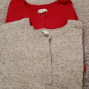Set of 2 sweaters long sleeve red and grey